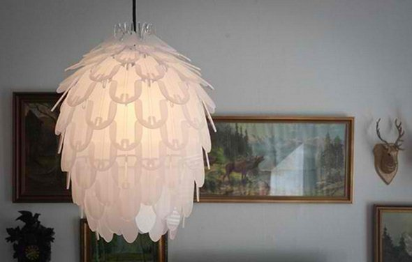 Mirrored-charming-acrylic-lamp-shades-by-Jonas-Lonborg